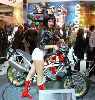 con moto